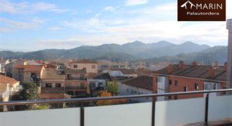 Precioso Duplex con Parking en Sant Celoni